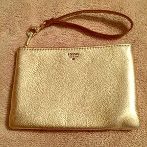 Fossil Wristlet- gold cute soft
